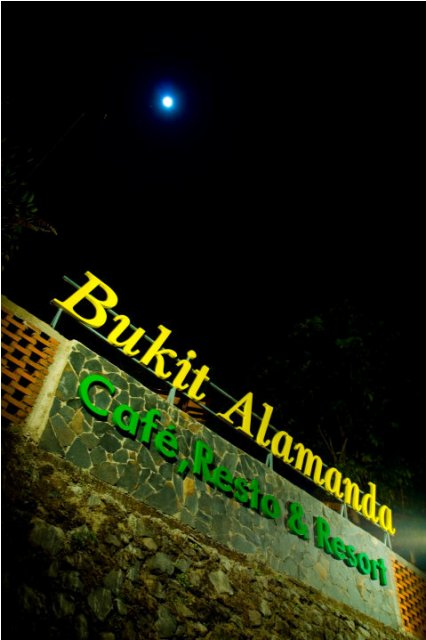Bukit Alamanda Resort, Resto, dan Caffe