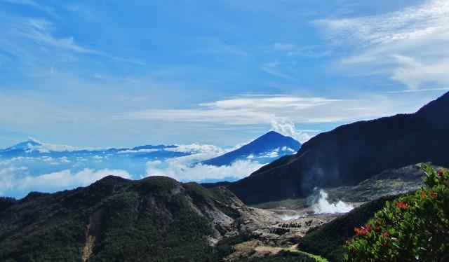 Objek Wisata Gunung Kawah Papandayan