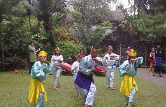 foto kampung sampireun garut (14)