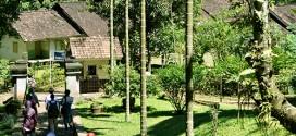 Kampung Pulo Cangkuang, Rumah Adat Ditengah Danau